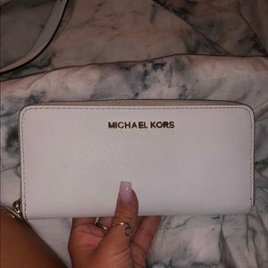 Used Michael Kors wallet